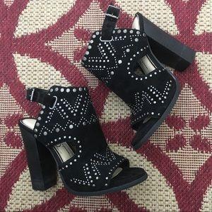 Jessica Simpson Shoes - Jessica Simpson peep toe ankle strap heels